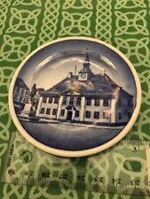 Royal Coppenhagen 27/2010 Randers RÃ¥dhus Ebbesens Statue Plate Free Shipping