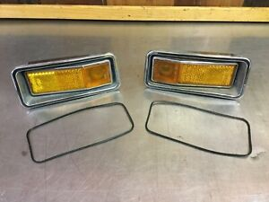 Alfa Romeo Spider 1970-82 • Front Side Marker Light Set + Housings.    AR3157