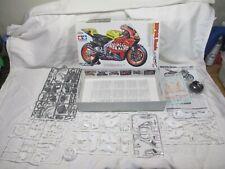 Tamiya 14097 Honda RC 211V `03 Repsol Rossi - Kit 1:12