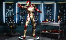 Sideshow Iron Man XLII Power Pose Collectable