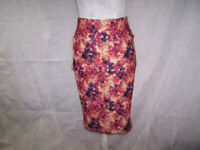 LulaRoe Cassie Skirt Womens Small Pencil Straight Watercolor Floral Stretch NWT