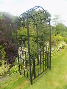 Garden Arch and Gate Plant Support Entrance Metal Heavy Duty Gated Archway