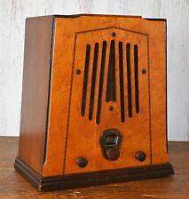 Vtg (1934) Silvertone1724 Midget Tombstone Tube Radio w/ Birdseye Maple Cabinet