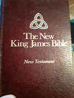 NKJV New King James Version Bible 1979 Vintage in Like New condition