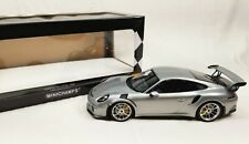 Minichamps 2015 Porsche 911 Gts R3 - Silver - 1:18 Diecast Model