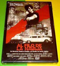 AL FILO DE LA NAVAJA / Walking the Edge - Español / English - Precintada