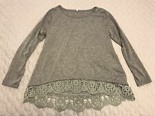 Unbranded Gray High Low Fashion Top Size Small S Knit Lace Across Hem 3/4 Sleeve