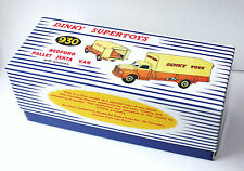 DINKY Reproduction Box 930 Bedford Pallet Jekta Van 'With Windows'
