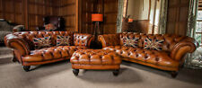 PAIR of TETRAD OSKAR TAN LEATHER CHESTERFIELD 2/3 & 3/4 SEATER SOFAS STOOL SUITE