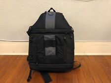 Lowepro Slingshot 302 AW DSLR Sling Camera Bag BLACK (Great Shape)