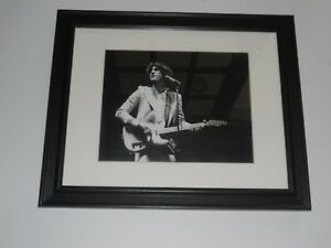 """Large Framed Ray Davies of The Kinks 1972 On Stage Shot Live  24"""" x 20"""""""