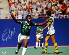PELE AUTHENTIC AUTOGRAPHED SIGNED 16X20 PHOTO NEW YORK COSMOS PSA/DNA 68887
