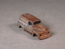HO 1951 Green Rusted Out Ford Panel Truck, Valley Hardware