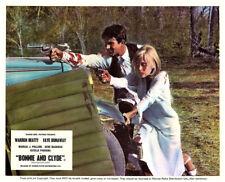 BONNIE AND CLYDE Original Lobby Card Faye Dunaway Warren Beatty firing guns 1967
