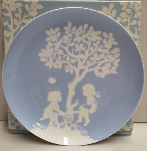 Maxwell & Williams Childhood Memories Seesaw Cake Plate MIB 16cm c2010-12 Coupe