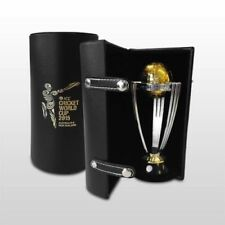 ICC CRICKET WORLD CUP OFFICIAL TROPHY IN LEATHER DISPLAY CASE AUSTRALIA INDIA