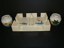 Vintage FLORIDA SOUVENIR RETRO SALT & PEPPER PLASTIC SHAKERS+CARDHOLDER TRAY