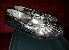 Silver pewter Kenneth Cole Reaction shiny dressy ballet shoes sz 10 worn 2x