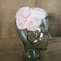 Pink bow & buttons Fascinator Vintage hat headband 1950s wedding
