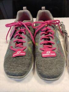 Skechers Flex Appeal Women's Sz. 8.5 US SN 12073TX Grey/Pink Sneakers NWT