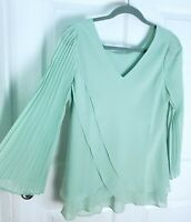 NEW Hot In Hollywood Green Pleated Sleeve Top With Reversible Neck Size S SMALL