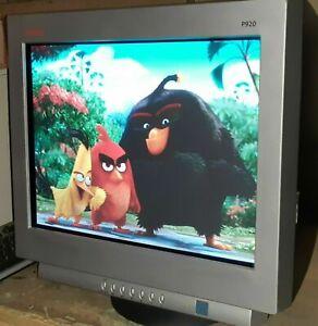 "Compaq P920 CRT monitor 19"" Native Resolution 1920 x 1440 at 70 Hz"