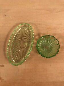 2x Small Green Miniature Glass Dishes / Pin Dishes , Good Used Condition.