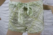 FLEUR WOOD sage green 100% silk diamond textured lace trim shorts size 3/12 EUC