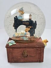 The San Francisco Music Box Co Musical Snow Globe Sewing Machine Mice Mouse 210