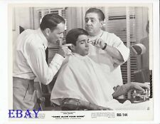 Tony Bill w/barber Frank Sinatra R I 66 VINTAGE Photo Come Blow Your Horn