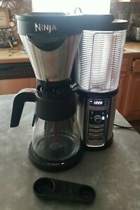 Ninja Coffee Maker for Hot/Iced Coffee with 4 Brew Sizes, Programmable