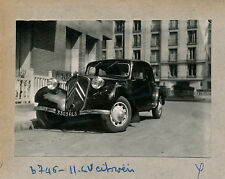Auto c. 1950 - Citroën Traction 11 CV - V 101