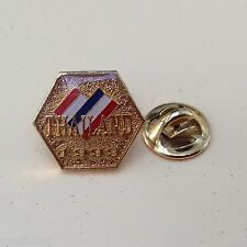 Pin's Folies ** Tourisme Village ville  France Thailand 1999
