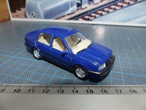 VOLKSWAGEN VENTO -1:43-Schabak Model -Bellissima- Raro modello - 1010/11 -