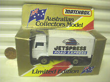 Milch Lait Limited Editions Red /& White MB72 Dodge Delivery MJ7 Matchbox