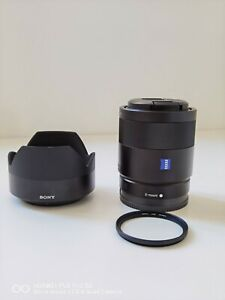 Sony Zeiss Sonnar T 55mm f/1.8 FE ZA Lens