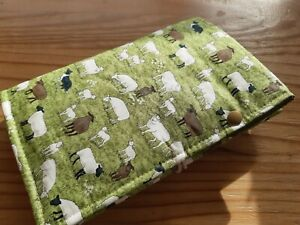 Nadeltasche, Tasche, Etui für Stricknadeln, Häkelnadeln - Schafe auf Wiese