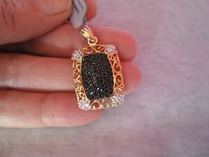 Black Spinel & Topaz pendant, 1.75 carats, 4 grams gold plated Sterling Silver