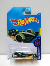 2016 Hot Wheels #47 HW GLOW WHEELS F1 Racer 2/10 Racing Car Green BEST FOR TRACK
