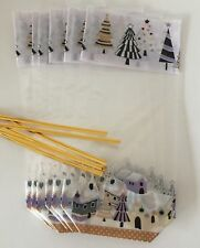 Pack of 6 CHRISTMAS  cellophane treat bags with card bottom XMAS VILLAGE SCENE