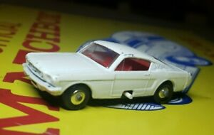 """VINTAGE 1970'S Lesney """"Matchbox Series"""" No 8 MUSTANG Made in ENGLAND"""