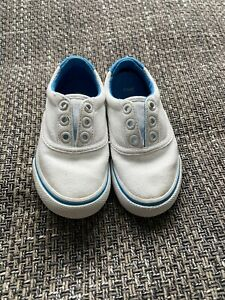 Lacoste Sport  White Slip On Trainer/shoe - Infant Size 4.5