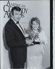 Walter Matthau (American Actor), Bette Midler (Singer/Songwriter) ORIGINAL PHOTO