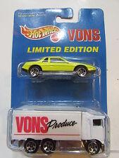 HOT WHEELS 1996 PONTIAC FIERO 2M4 - VONS HIWAY HAULER 2 CAR PACK