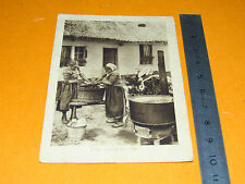 CHROMO 1920-1930 PHOTO BON POINT ECOLE LA LESSIVE FEMMES FERME MENAGE LINGE