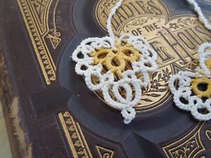 Tatted BOOKMARK Heart to Heart Cream Yellow Cord Lace New Dove Country Tatting