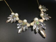 NEW Forever 21 Chic Crystal Rhinestone Faux Pearl Flower Gold Statement Necklace
