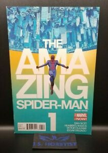 The Amazing Spider-Man #1: Marcos Martin Variant Cover NM