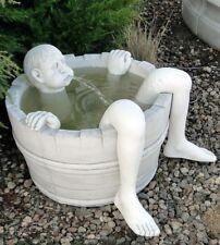 Steinbrunnen Mann im Fass Brunnen mit Pumpe Fontäne Springbrunnen  BLACKFORM