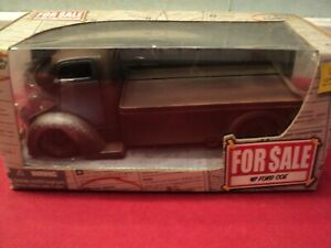 """Jada 1947 Ford COE Flatbed 1:24 Scale  2006 release NIB """"For Sale"""" series"""